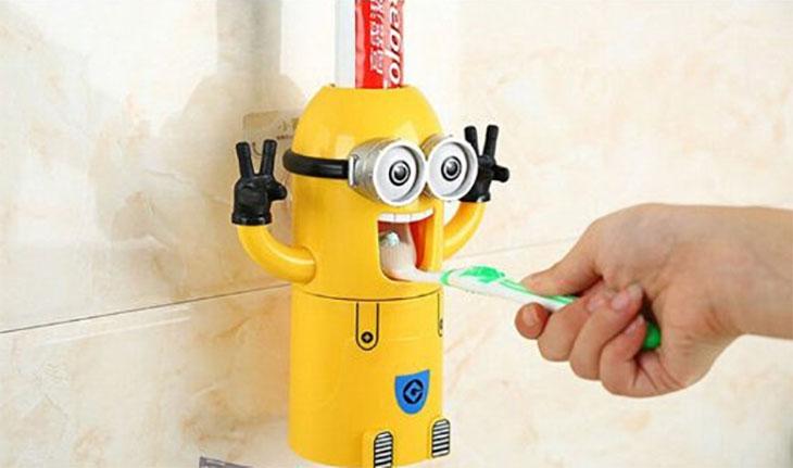 spremi dentifricio dei minions