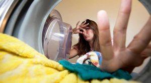Lavatrice Che Puzza? Ecco La Soluzione Per Eliminare Il Cattivo Odore Della Lavatrice