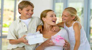 Le Migliori Idee Regalo Per La Mamma, Falla Impazzire Di Gioia Con Queste Originali Idee Regalo!
