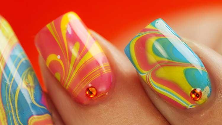 decorazioni unghie colorate
