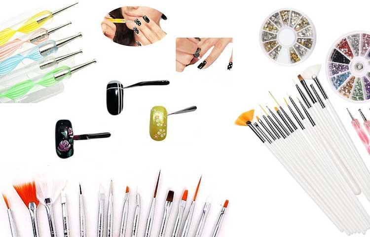 decorazioni unghie pennelli nail art